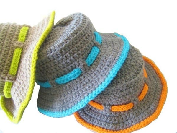 Make this Boy's Crochet Sun Hat Pattern. Includes sizes Baby to 10 Yrs.