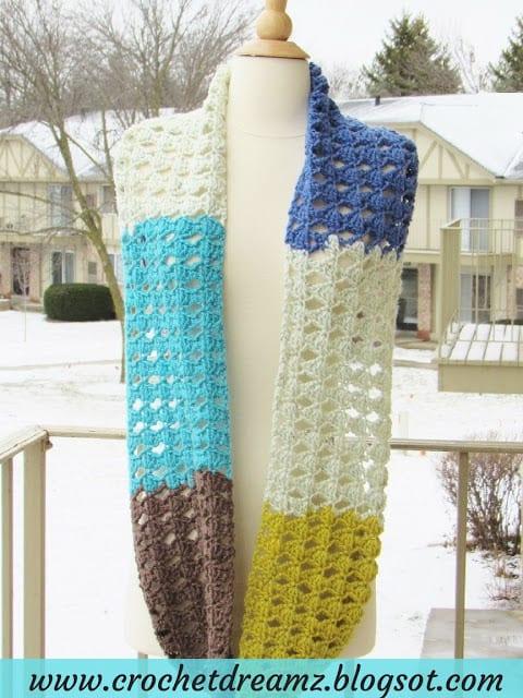 Caron Cakes Infinity Scarf Crochet Pattern, Kaleidoscope