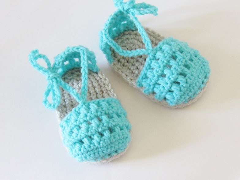 May Sandals, 0-6 months and 6-12 months- $5.50