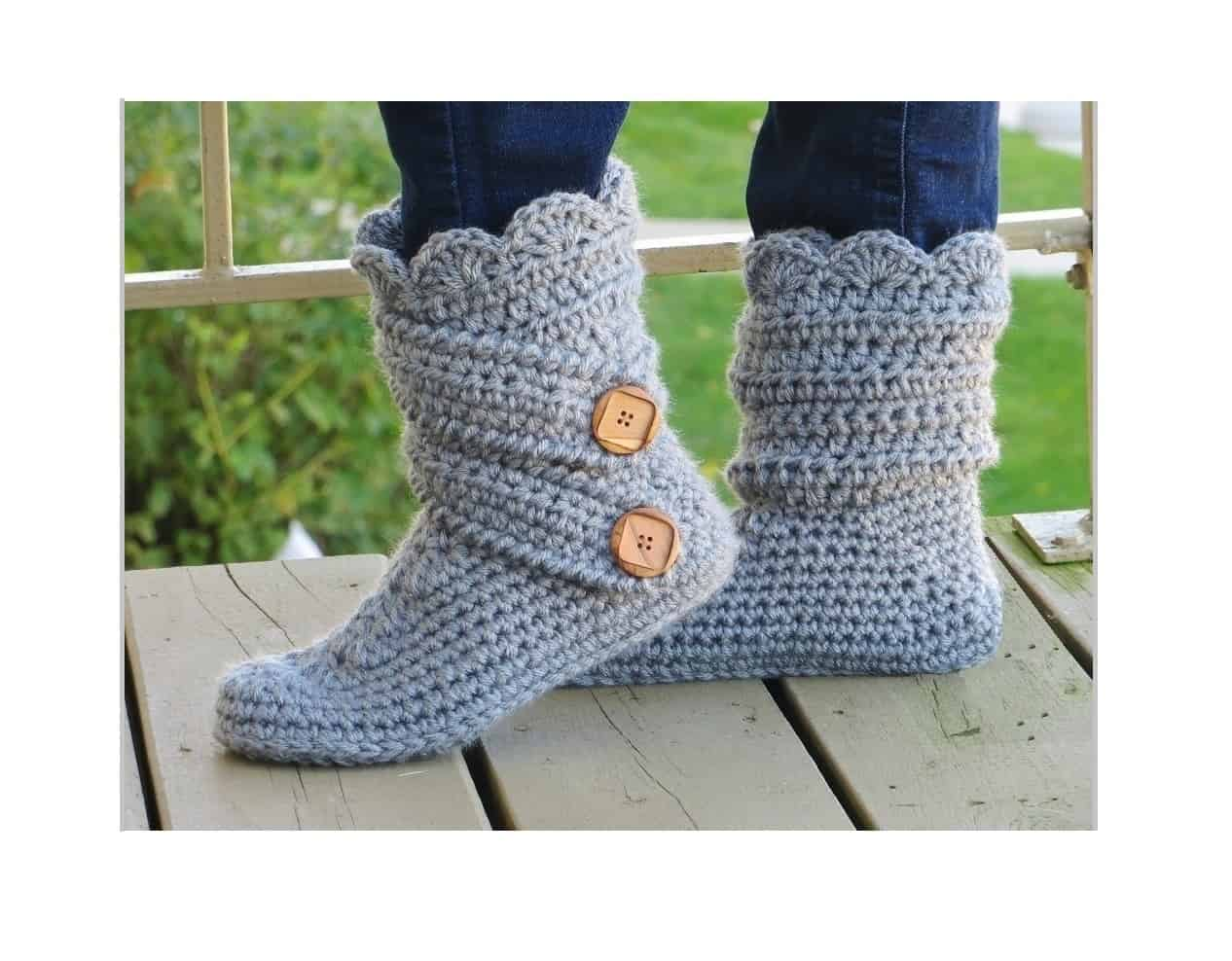 The Most Famous Woman's Boots Crochet Pattern- Make one for yourself now- Crochet Dreamz