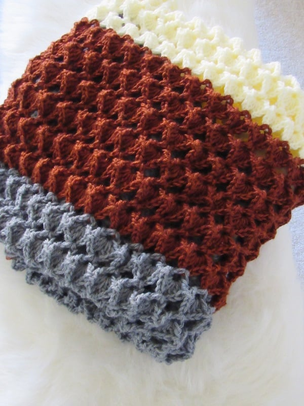 Free crochet afghan pattern with a beautiful texture