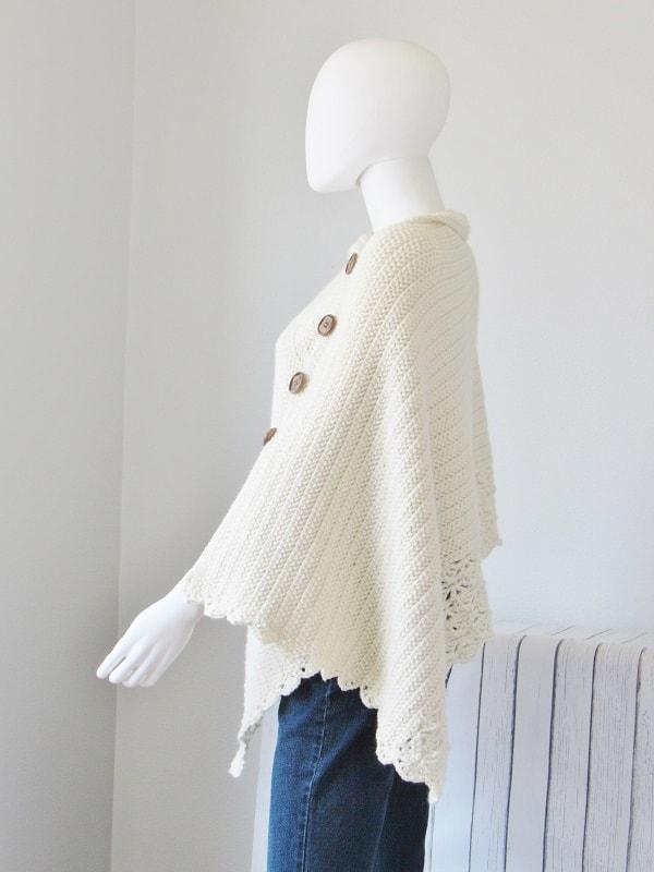 Free Crochet Poncho Pattern, Beginner Level - Crochet Dreamz