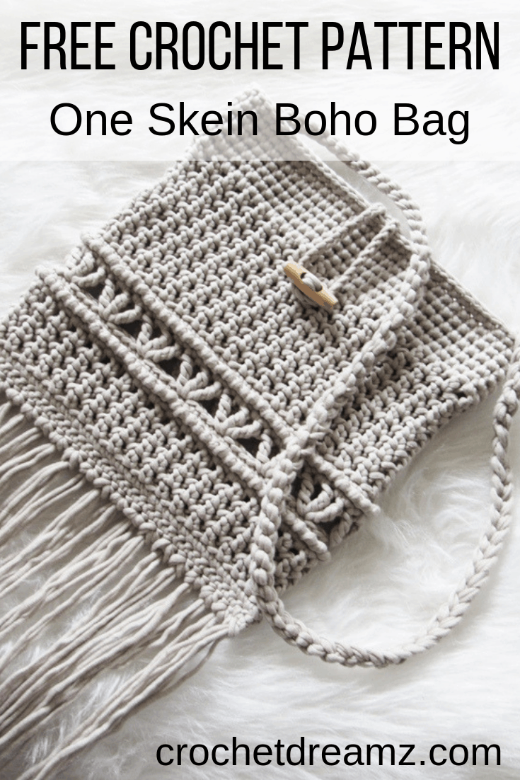 Try this easy crochet bag Pattern with a Boho vibe. This modern crochet purse is a free pattern on my blog. It is perfect for craft fairs and will suit teens and ladies alike. #crochetbag, #crochetbagpatternfree, #bohocrochetbag, #freecrochetbagpattern, #crochetbagpattern
