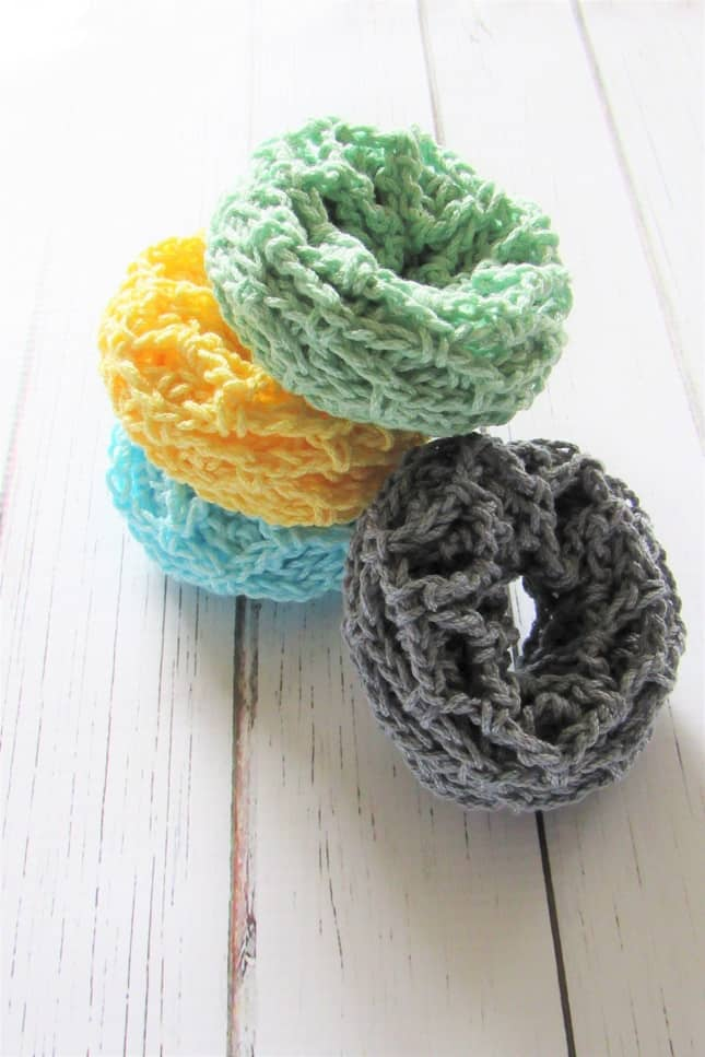 DIY crochet scrubbie