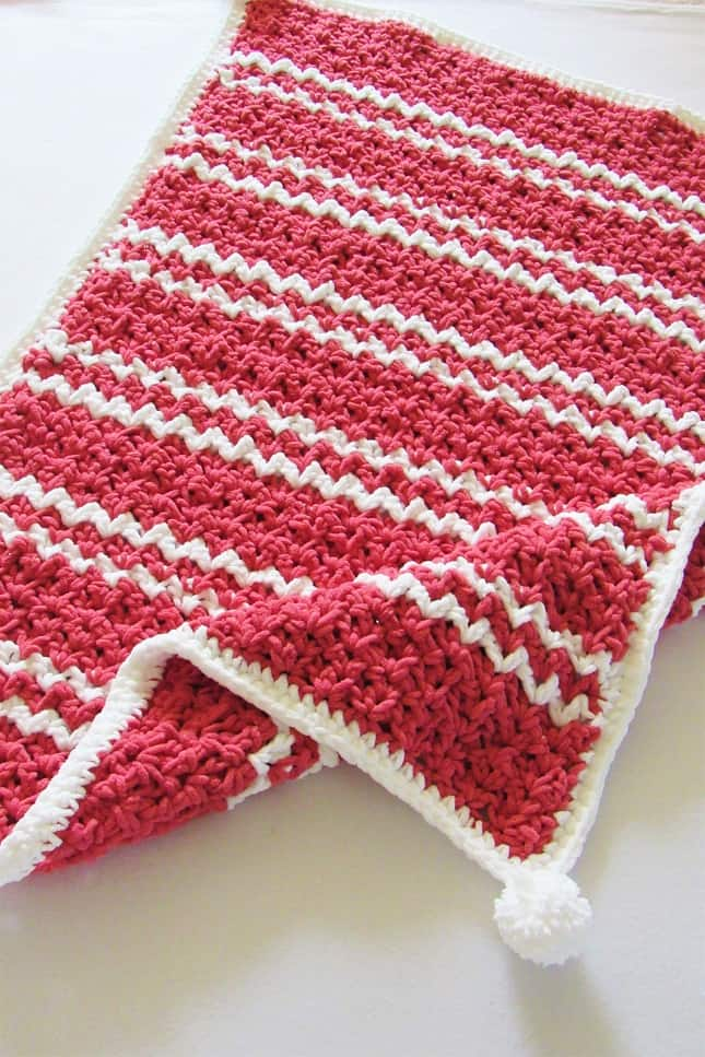 DIY easy crochet baby blanket