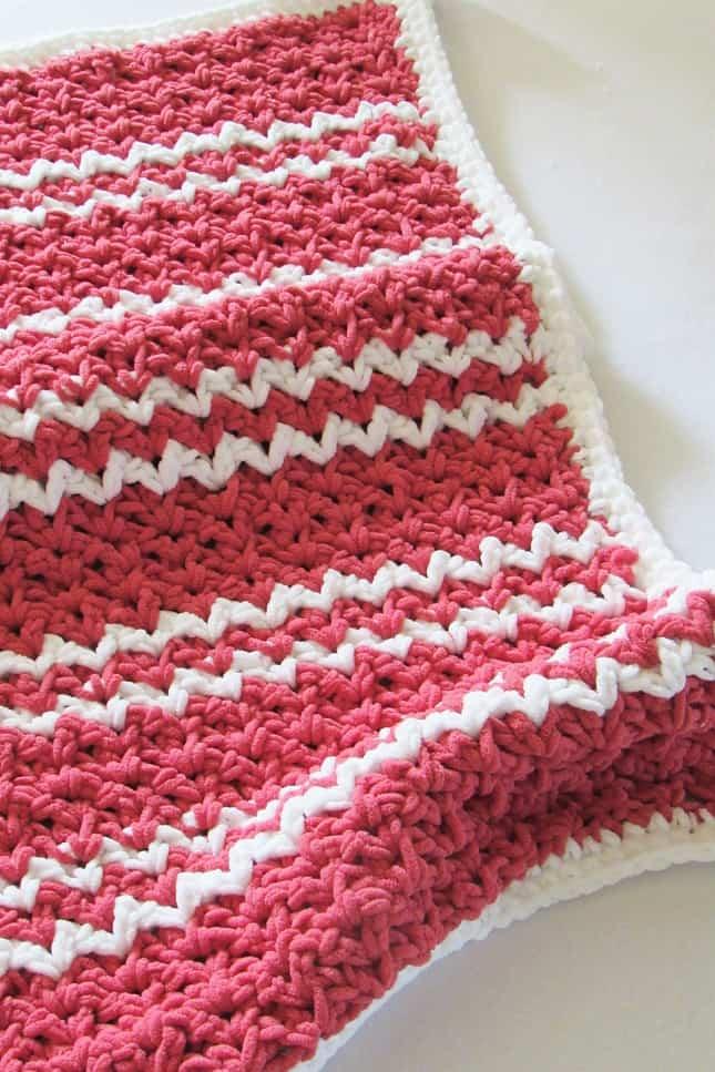 DIY chunky crochet blanket