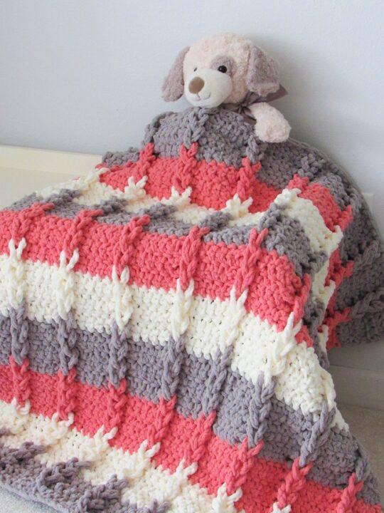 Braided Loops Crochet Blanket
